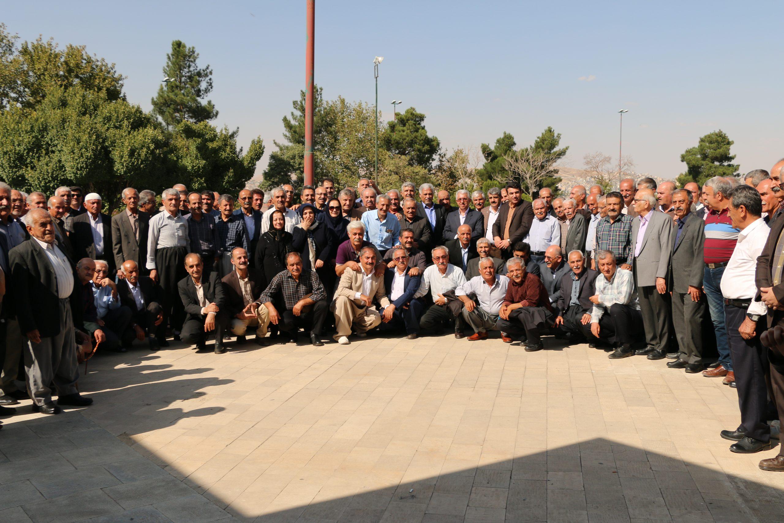 مراسم تجلیل از بازنشستگان شرکت توزیع نیروی برق استان کردستان