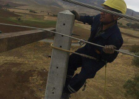 شبکه توزیع برق ۷ روستای دیگر شهرستان بیجار اصلاح شد